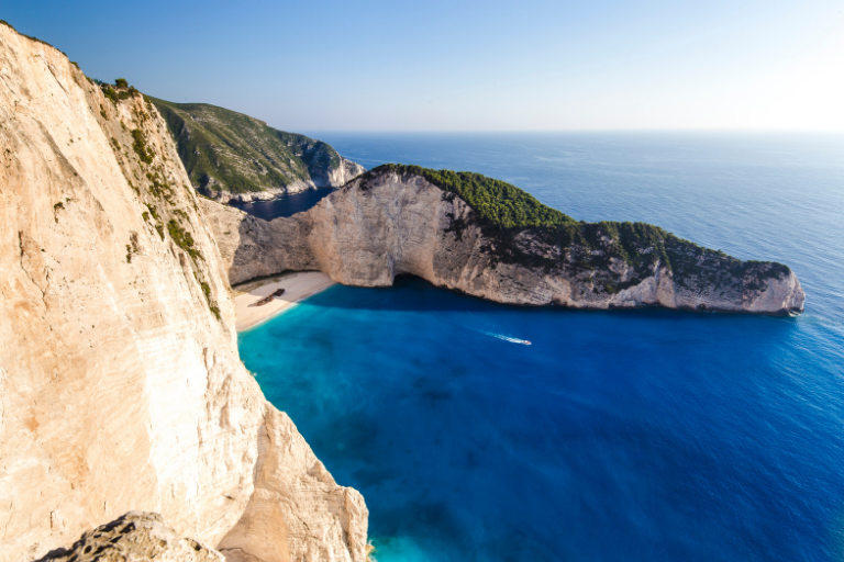 3 Beaches in Greece, you must visit!